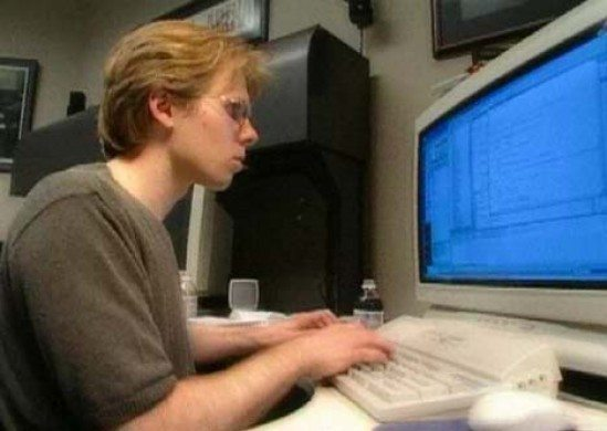 John D. Carmack - rewolucja - John przed monitorem Full HD