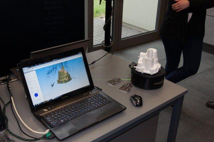 Druk-3D-przyszDruk 3D przyszłością przemysłuloscia-przemyslu-21