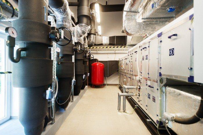 Centrum Informatyczne Świerk - system wentylacyjny - centrala i kanały wentylacyjne 2