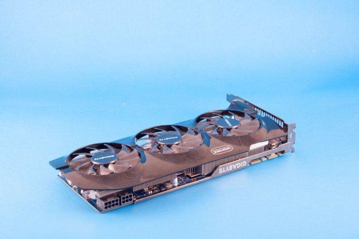Gigabyte GV-N760OC-2GD - zasilanie