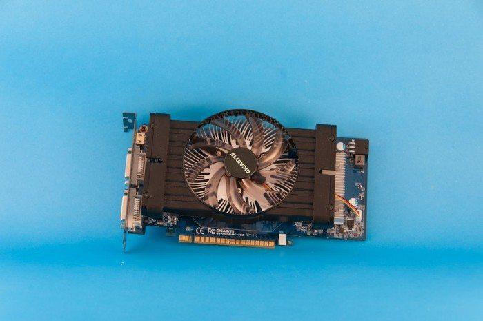 Gigabyte GeForce GV-N550OC-1GI - wentylator