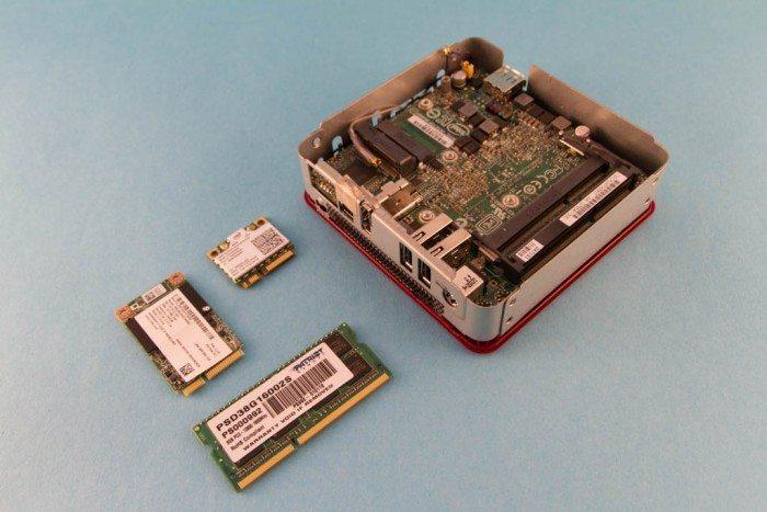 Intel NUC - NUC DC3217BY - podzespoły