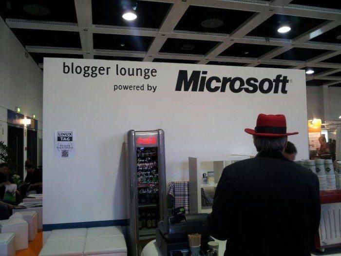 LinuxTag 2012 - Microsoft i Red Hat