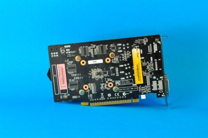 ZOTAC GeForce GTX 750 Ti OC - tył