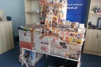 Biurko w gazetach