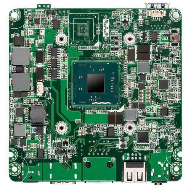 Intel NUC Kit DN2820FYKH - płyta główna spód