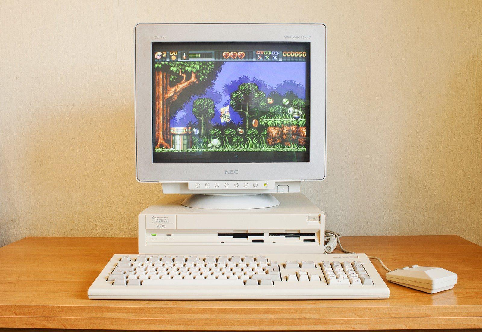 Retroboat - Amiga 3000D