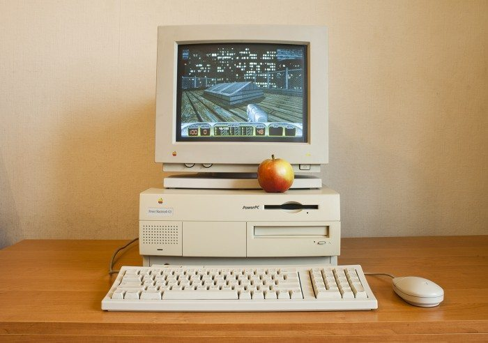 Retroboat - Apple Power Macintosh Beige G3