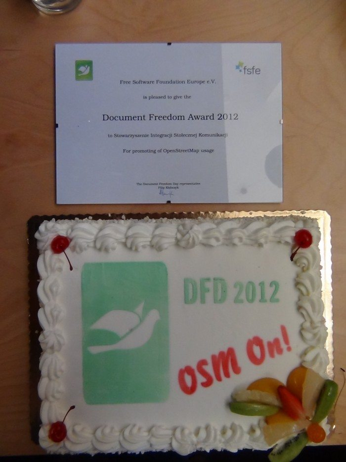 Document Freedom Day 2012 - certyfikat i tort