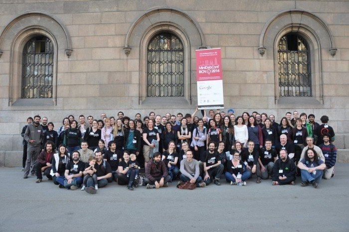 MiniDebConf-Women 2014 - BCN group photo – second try