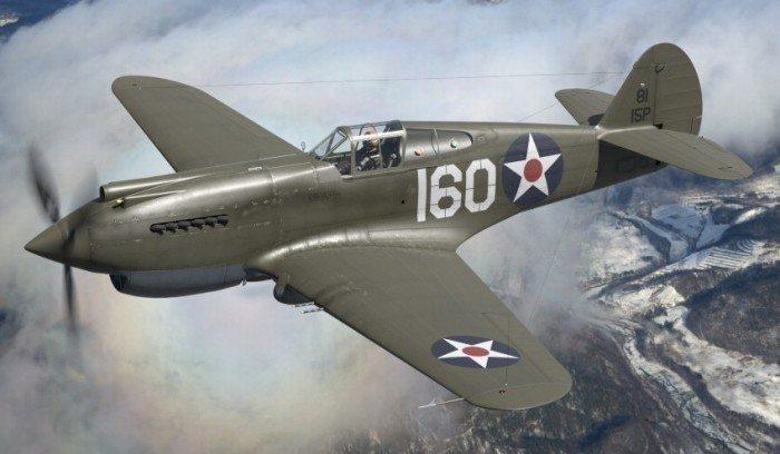 Wirtualne samoloty - model P-40B w locie