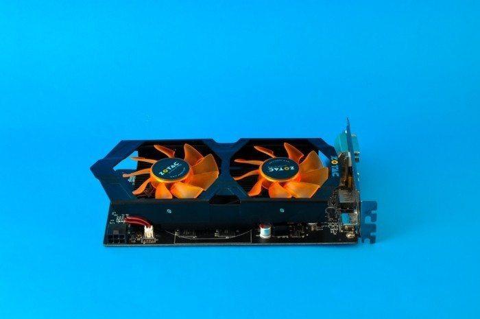 ZOTAC GeForce GTX 750 Ti OC - zasilanie